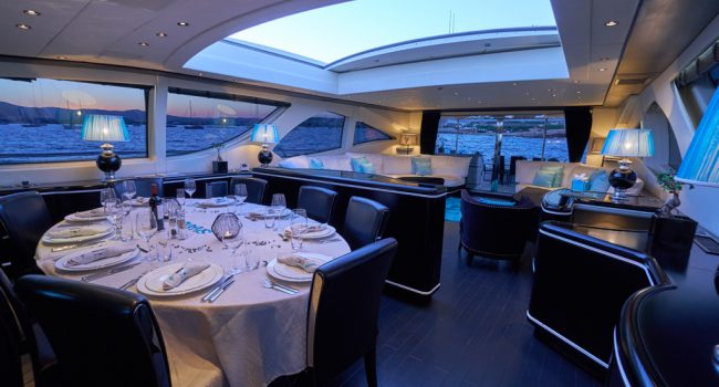 Mangusta 130 Shane Interior 01 Salon-07