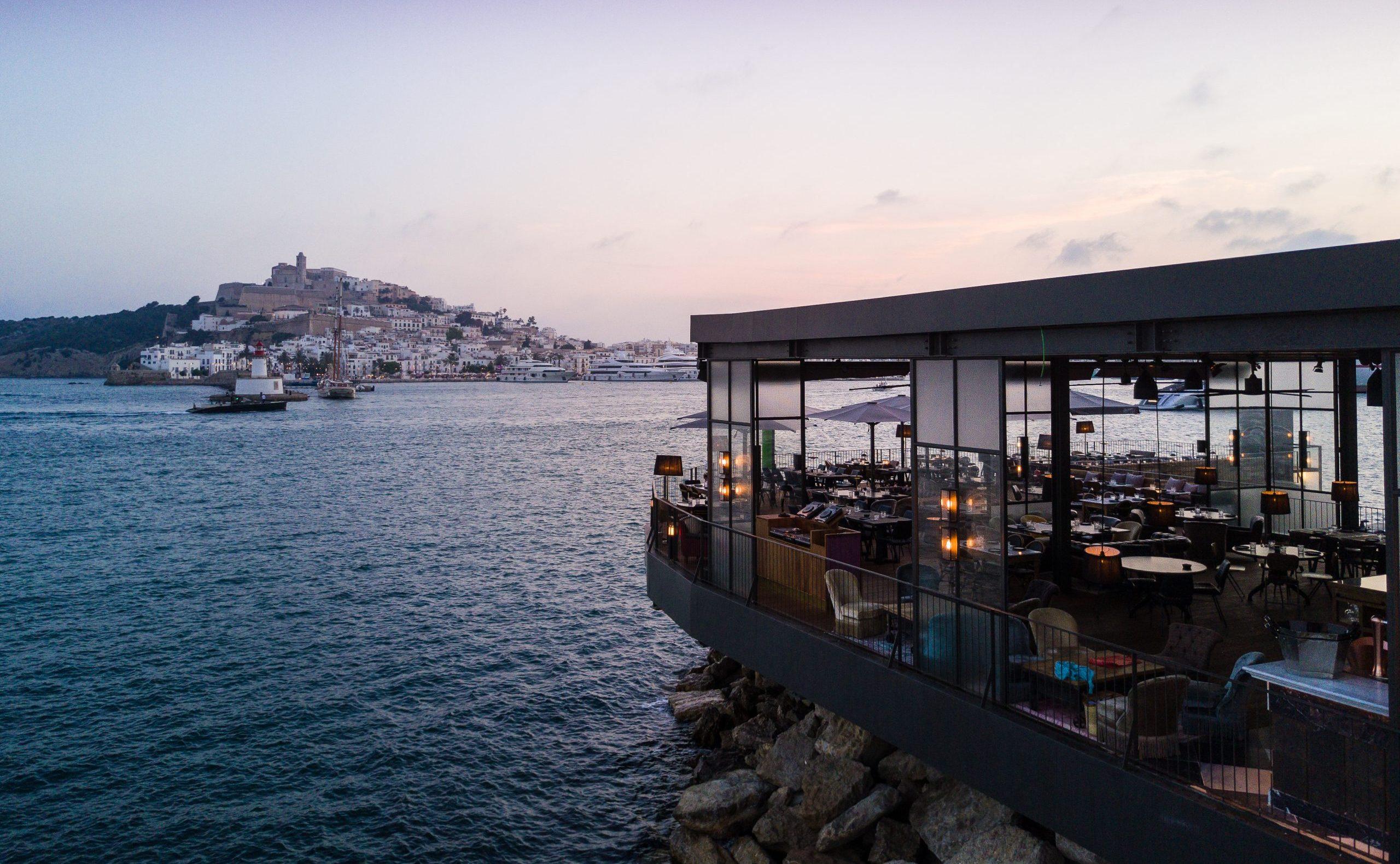 Restaurante Roto Ibiza en Marina Ibiza