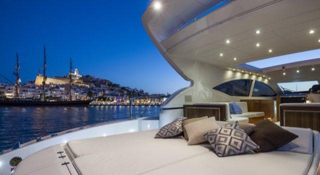 Yacht Mangusta 72 Gaia Sofía Ibiza Rental Yacht Barcoibiza-27