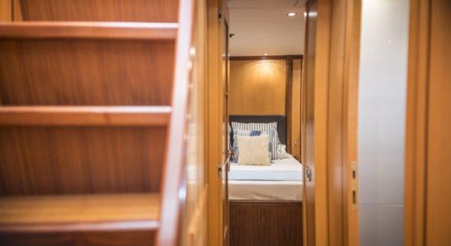Yacht Mangusta 72 Gaia Sofía Ibiza Rental Yacht Barcoibiza-30
