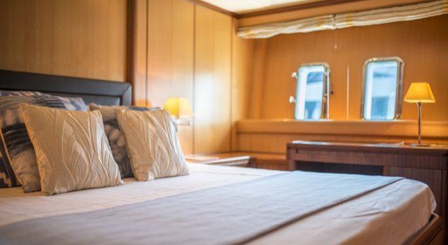 Yacht Mangusta 72 Gaia Sofía Ibiza Rental Yacht Barcoibiza-32
