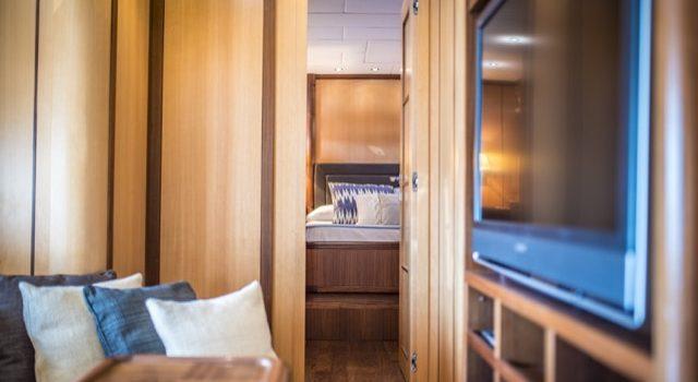 Yacht Mangusta 72 Gaia Sofía Ibiza Rental Yacht Barcoibiza-34