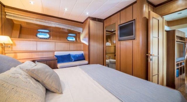 Yacht Mangusta 72 Gaia Sofía Ibiza Rental Yacht Barcoibiza-45