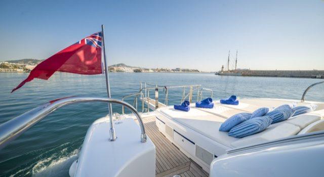 Yacht Mangusta 72 Gaia Sofía Ibiza Rental Yacht Barcoibiza-9