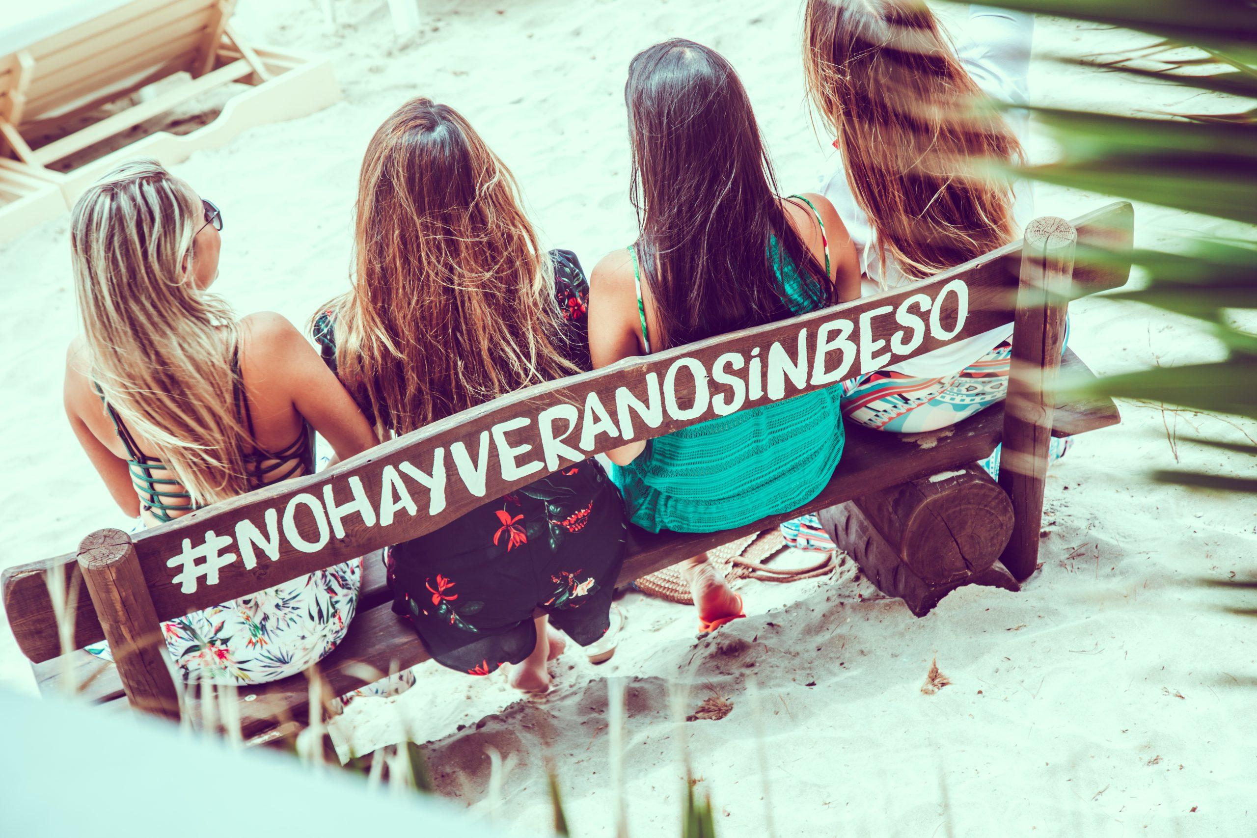 Restaurante-Beso-Beach-Ibiza-Salinas-Banco-nohayveranosinbeso