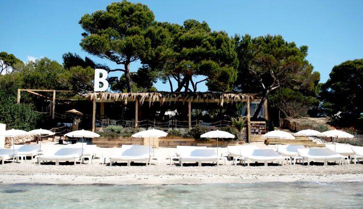 Beso Beach Ibiza, el Beso de Salinas