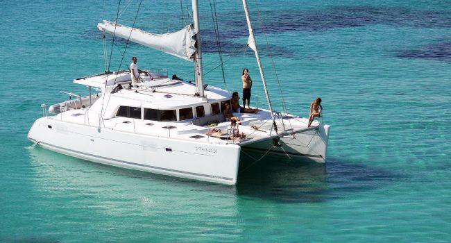 Catamaran-Lagoon-440-Atlantis-Alquiler-Barcoibiza