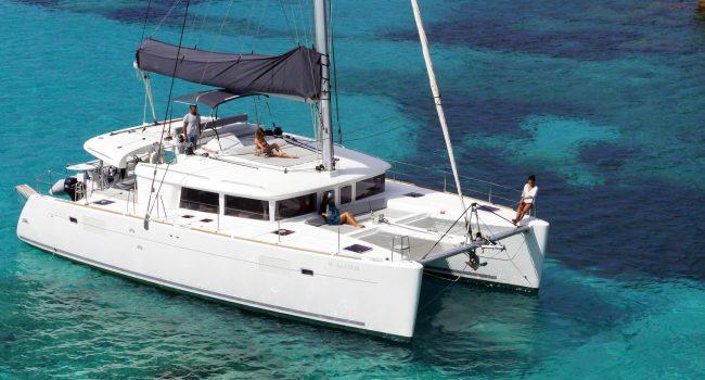 Catamaran Alquiler Ibiza Lagoon 450 Balok