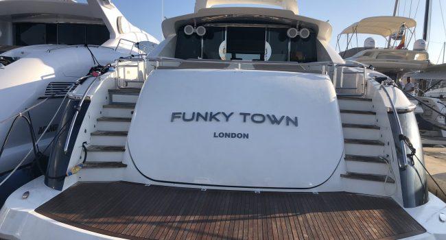 Canados 90 Ibiza Funky Town Yacht Barcoibiza-24