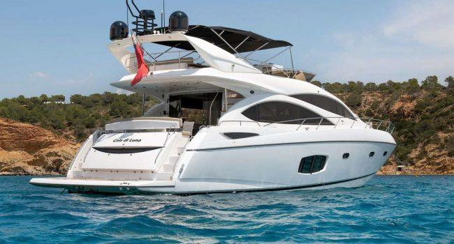 Yate de 4 cabinas en Ibiza Sunseeker Manhattan 70 Cala di Luna