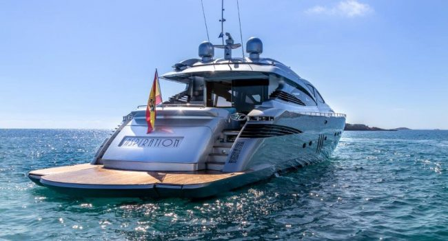 Luxury Yacht Ibiza Pershing 90 Inspiration